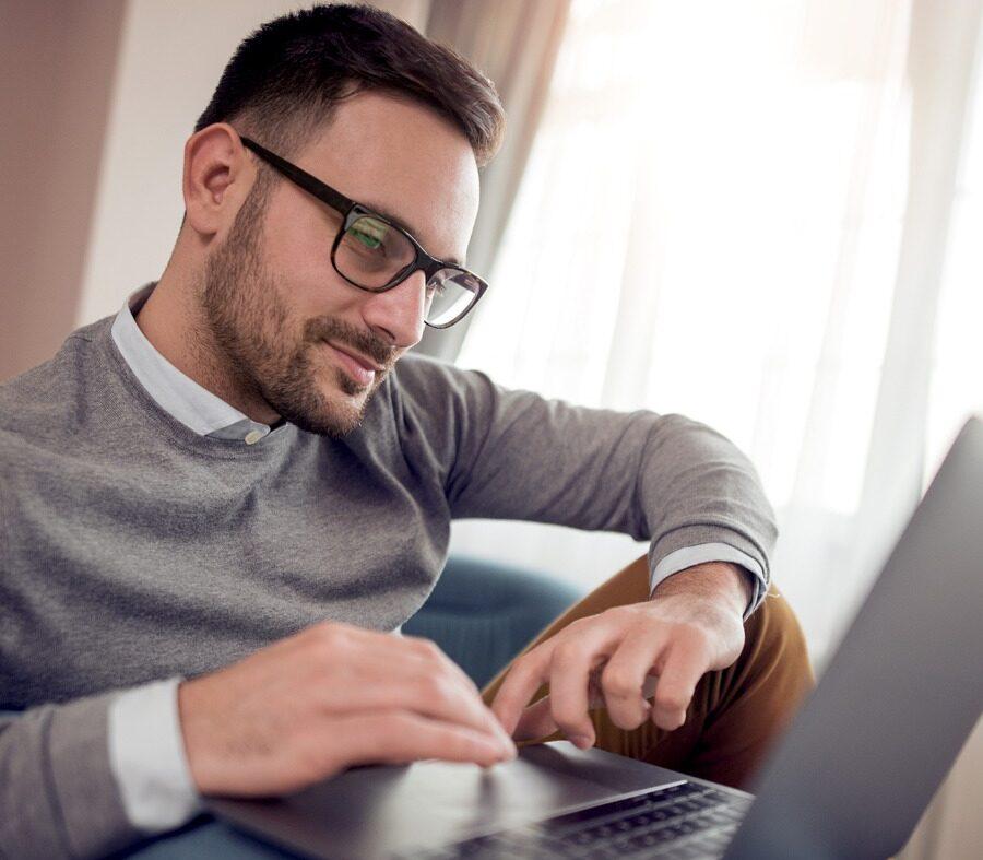 Fique atento à postura no home office