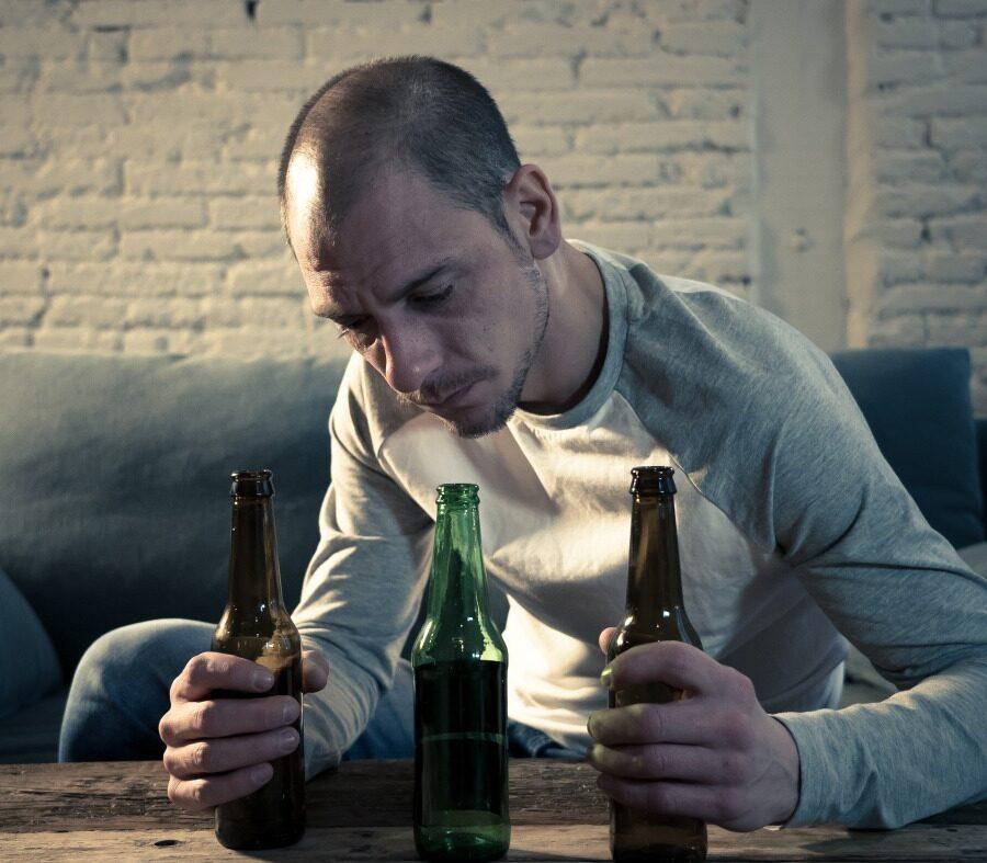 Alerta: perigos do consumo de bebidas alcoólicas na quarentena